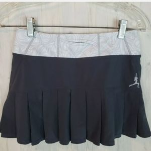 Lululemon Pleated Gray Skirt Women's Size 2